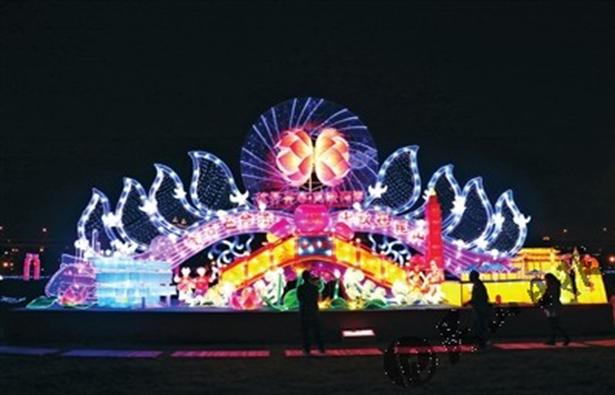 花開並蒂 燈映兩岸 昆山燈組亮相臺灣新北元宵燈會