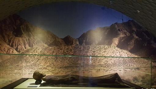古絲綢之路青海道發現千年幹屍