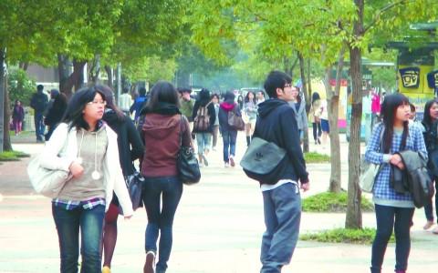 臺灣學生獎學金名額漲幅45% 獎金最高3萬元.jpg