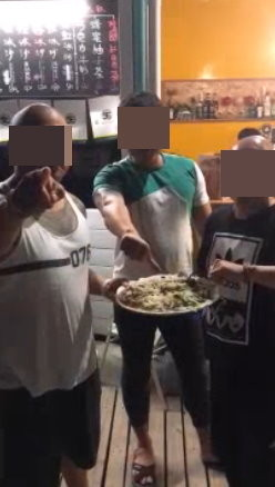 洋蔥價廉 墾丁一份涼拌洋蔥盡賣250元新台幣被網友批
