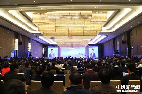 兩岸記者訪新鄭拜軒轅 讚鄭州發展之迅速