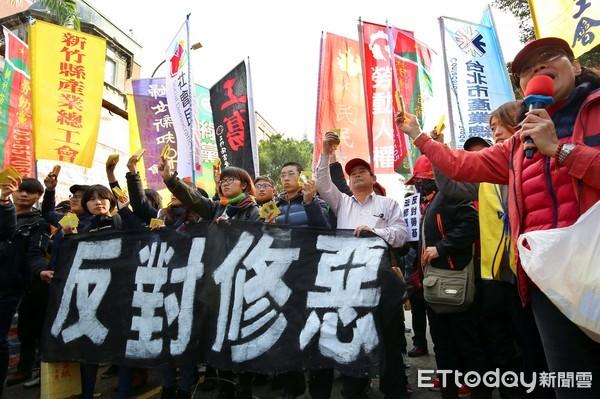 瑞銀調查:臺灣成全球排名第二的高工時城市