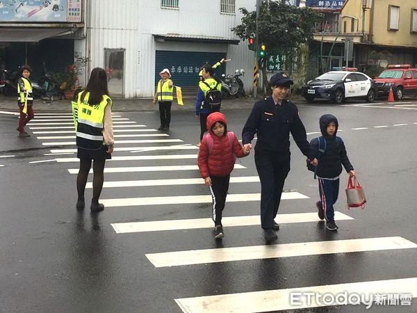 臺當局年金改革致延退潮 六都喊窮拒收5000警校畢業生