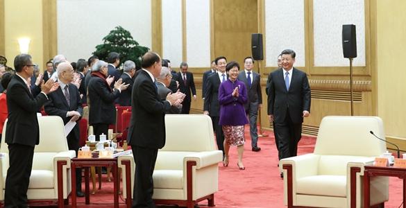 習近平會見香港澳門各界慶祝國家改革開放40週年訪問團