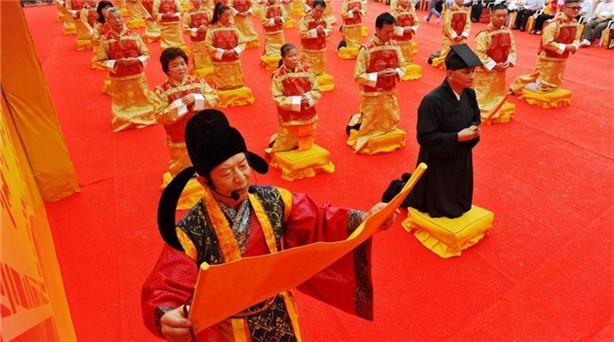 6月13日,閩臺兩岸民間民俗文化交流活動——第八屆海峽論壇陳靖姑文化節,在陳靖……
