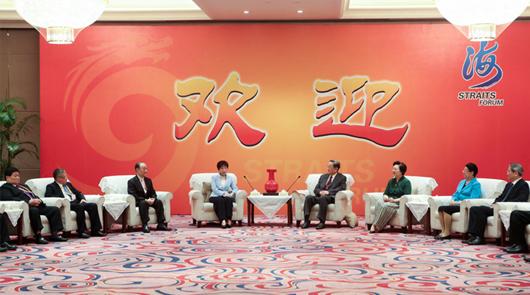 中共中央政治局常委、全國政協主席俞正聲17日下午在廈門會見了出席第九屆海峽論壇……