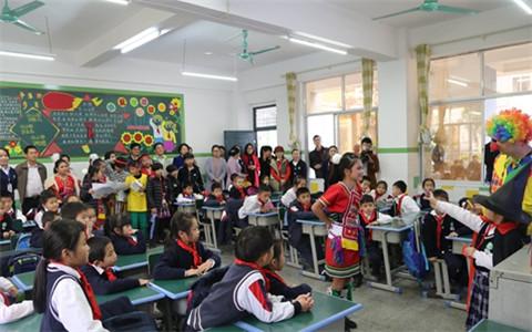 4五彩結情誼兩岸一家親 臺灣春日小學參訪團到玉林交流