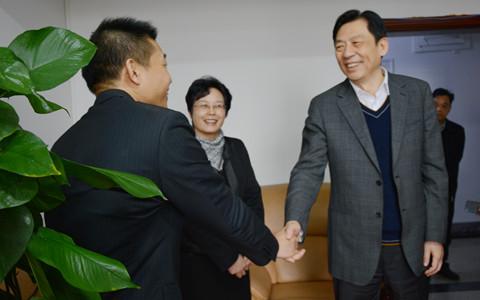 廣西壯族自治區黨委副書記孫大偉到廣西臺辦調研