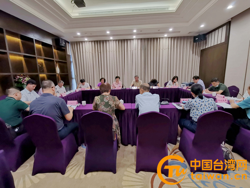 廣西臺辦主任李東興到百色市調研臺籍高層次人才優惠政策情況