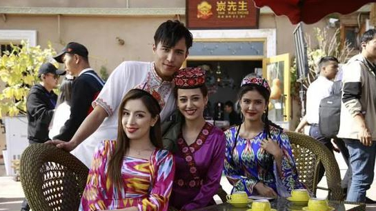 電影《喀什古麗》新疆首映