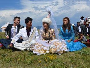 海峽之戀:新疆哈薩克族小夥迎娶臺灣姑娘