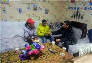 四川甘孜州臺辦慰問甘孜縣兒童福利院結對兒童