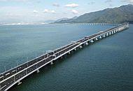 強颱風過後 港珠澳大橋安然無恙.jpg