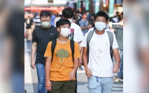 ffff專家警告,臺灣社區仍可能潛藏新冠病毒的無症狀感染者。圖中人物非新聞當事者。圖/聯合報係資料照片.jpg