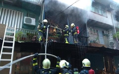 臺灣宜蘭民宅淩晨大火 15歲少年未及逃生被燒焦