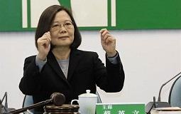"""臺作家:""""綠色恐怖""""盛行 言論自由恐被蔡英文打回原點"""