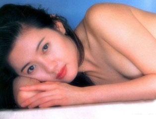 艷星李麗珍將再婚 早年大尺度艷照流出