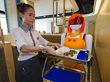 機器人服務員亮相海口 可一次工作12小時